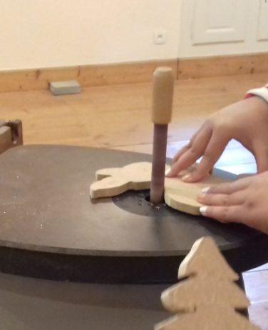 Atelier de création de figurine en bois