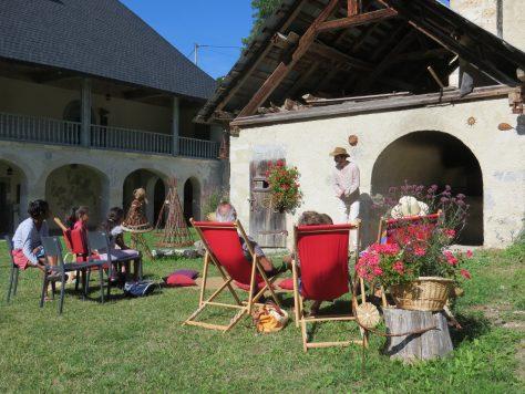Des histoires culinaires racontées lors des Contes aux p'tits oignons du vendredi, en juillet-août à la Chartreuse d'Aillon